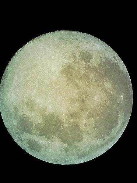 moon071124.jpg
